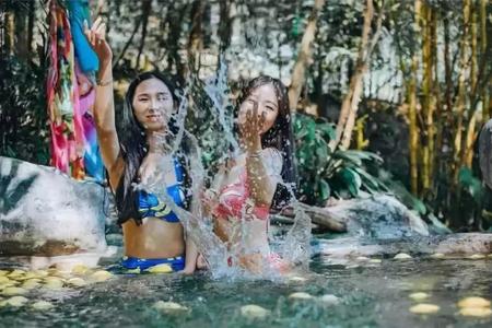 河源客天下温泉小镇,值得团队一起泡哦。 |  旅游团建系列
